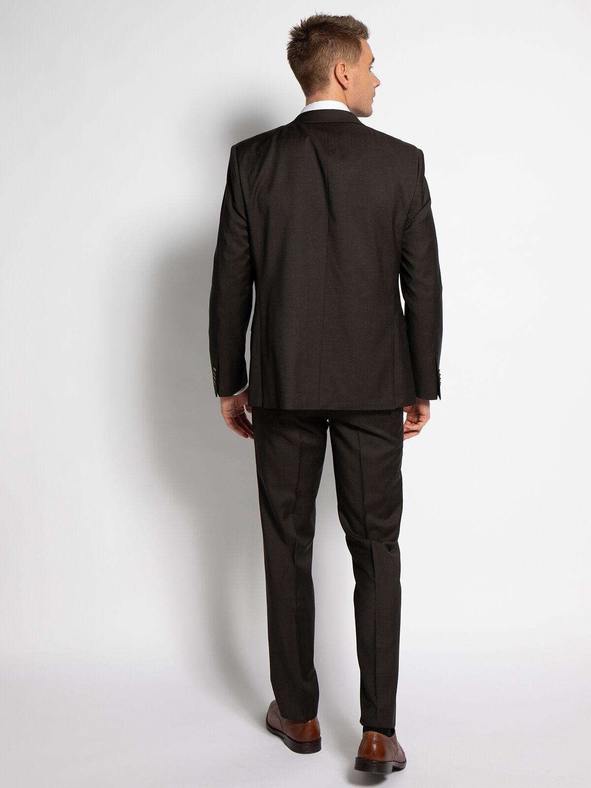 Modern-Fit Suit