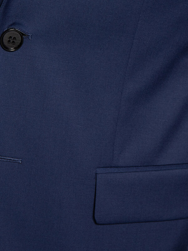 Modern-Fit Tailored Jacket