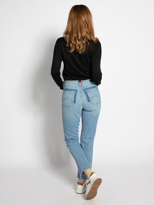 Izzy Jeans