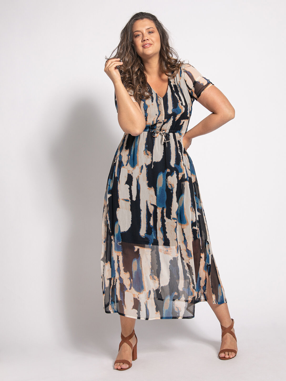 Dress (plus size)