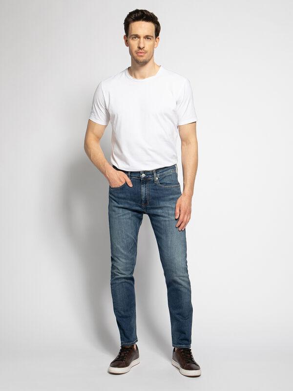 CKJ 016 Jeans